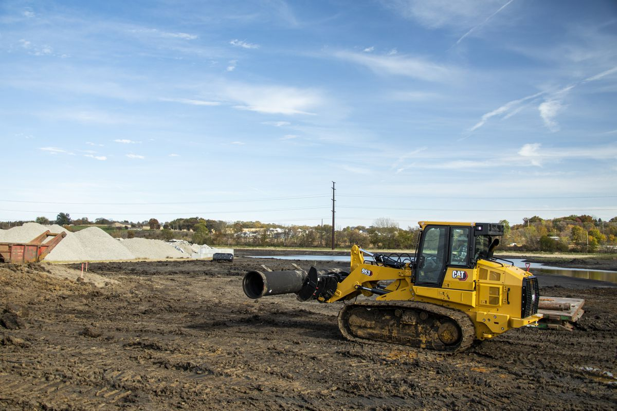 New CAT 963 Track Loader focuses on versatility and productivity