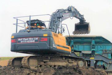 Three Hyundai HX220AL Crawler Excavators make tracks for Dorset