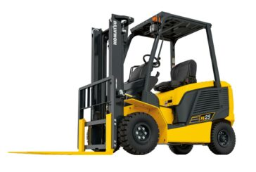 New Komatsu FE25-2 and FE30-2 electric forklifts combat CO2 emissions