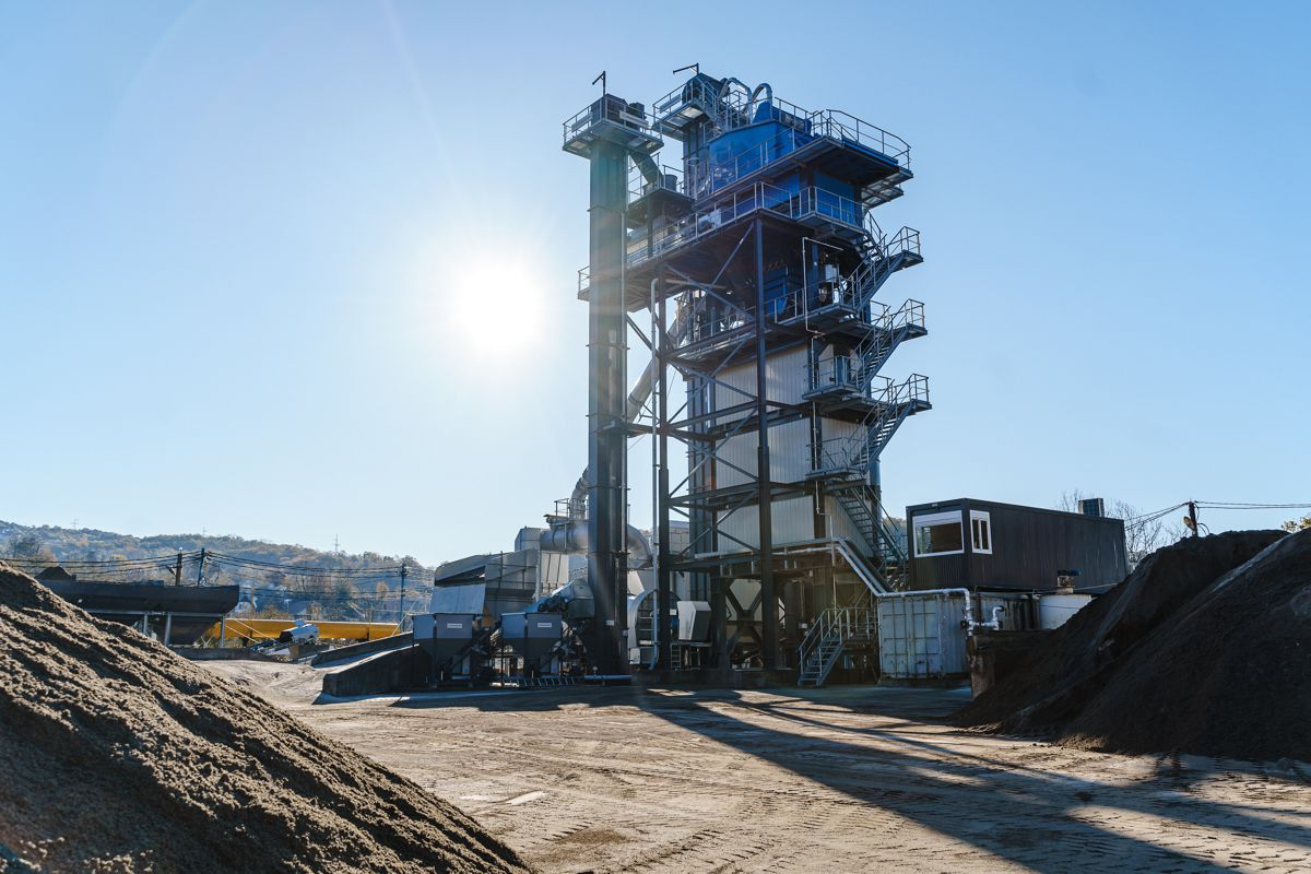 Benninghoven TBA 3000 produces special mixtures for Formula 1 track in Sochi