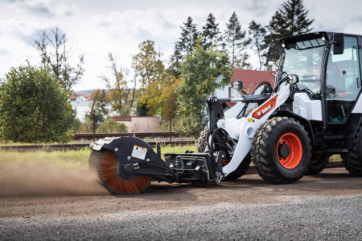 New Bobcat Compact Wheel Loader wins global iF Design award