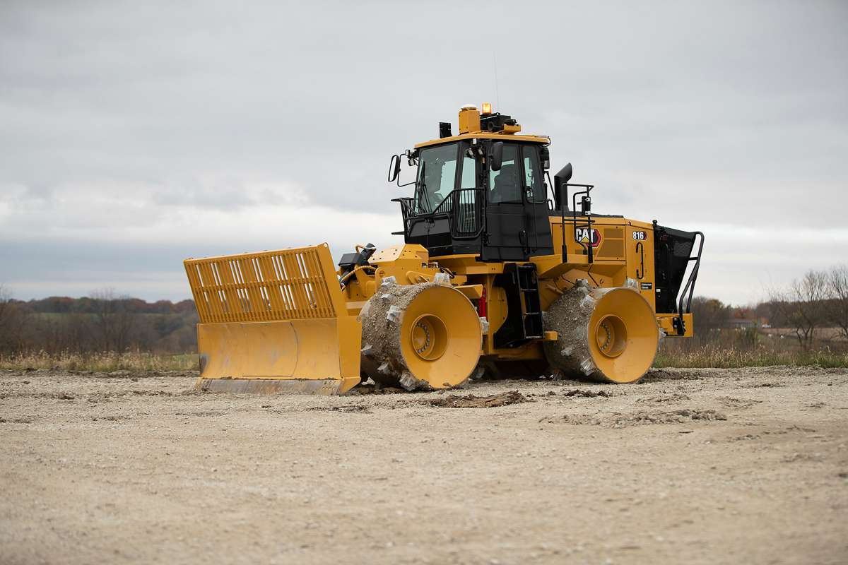 New Cat 816 Landfill Compactor delivers on uptime reliability and productivity
