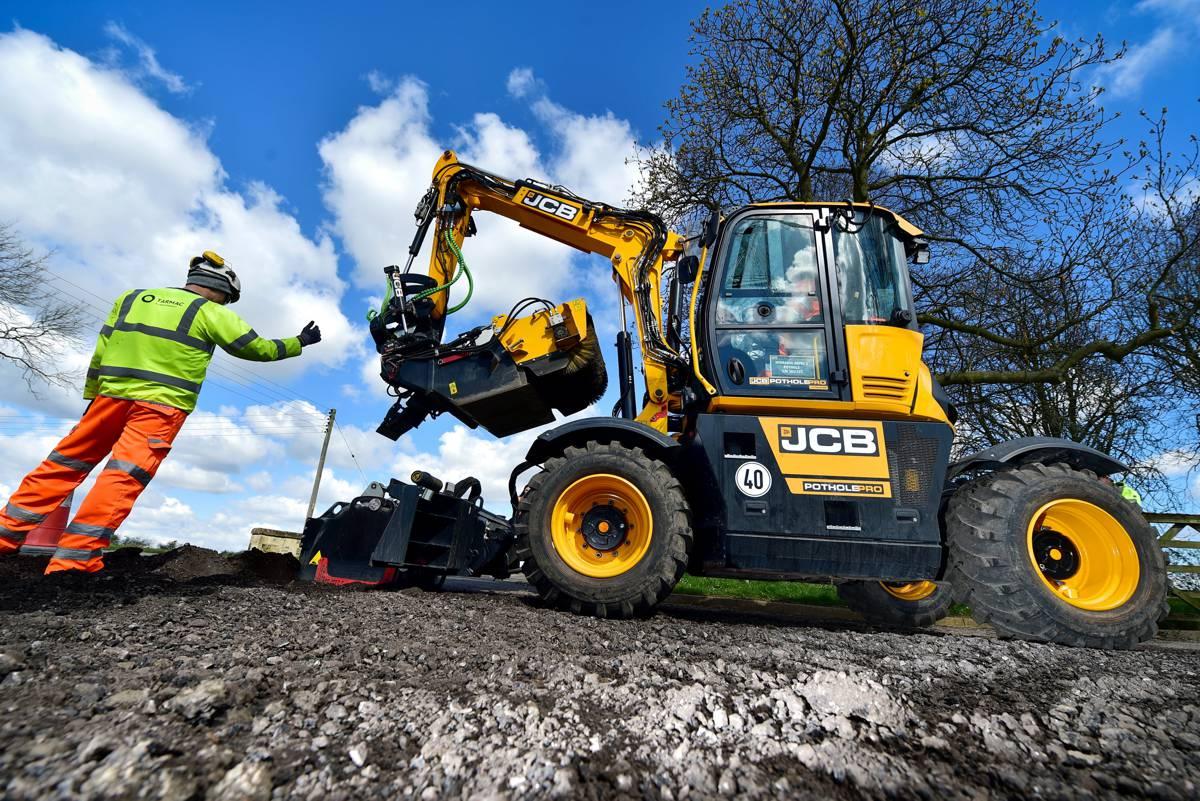 Tarmac puts the new JCB pothole repair machine to the test in Rutland