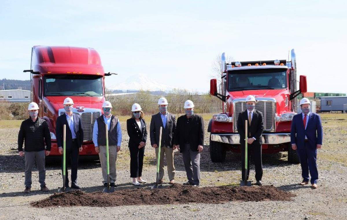 Dobbs Truck Group expands Peterbilt dealership in Sumner, Washington