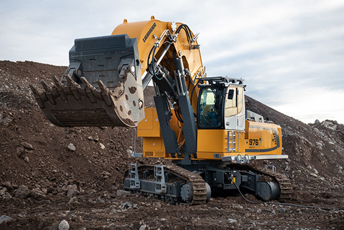Liebherr upgrades two crawler excavators with new electric models