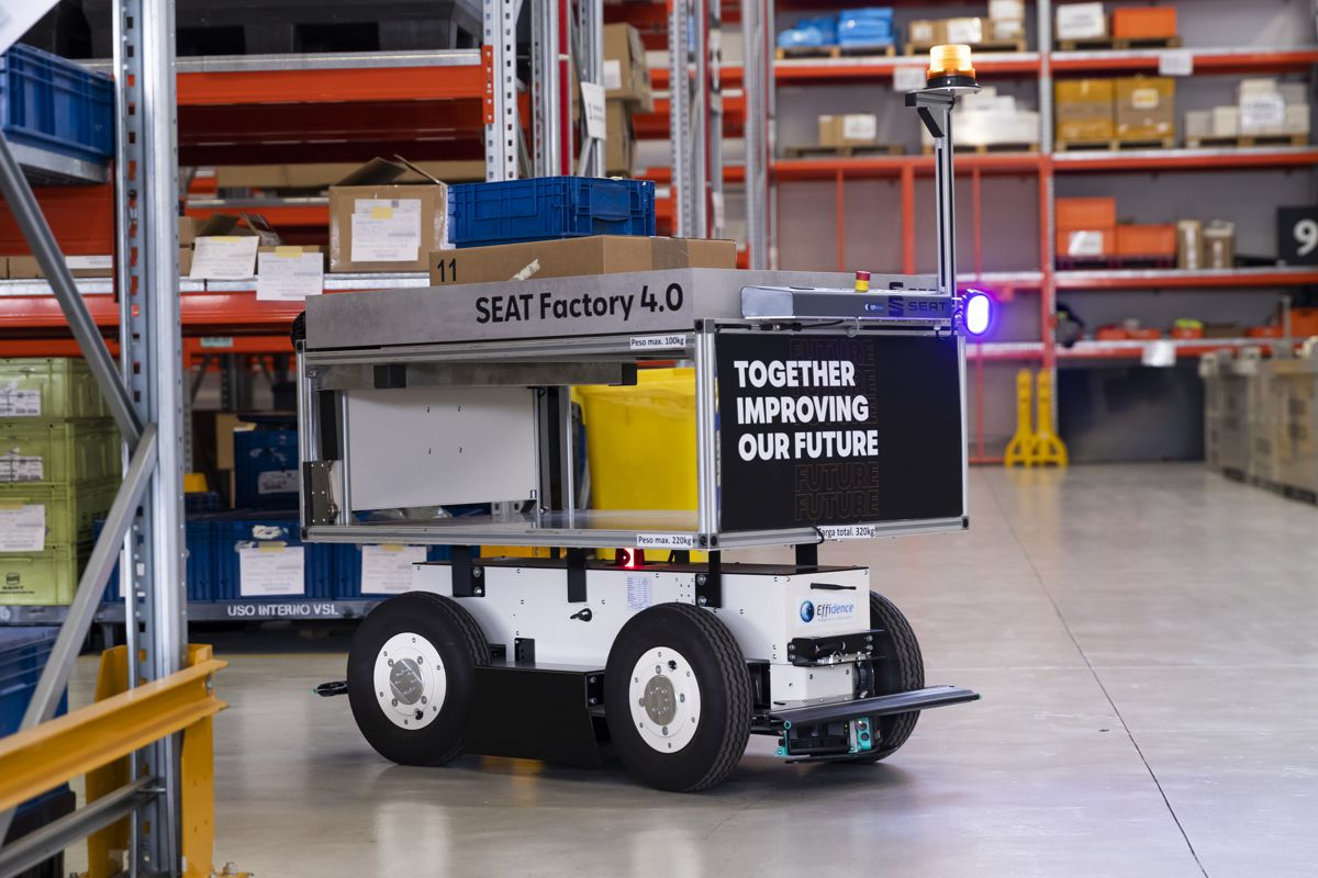 Autonomous mobile EffiBOTs rolled out at SEAT factory in Barcelona