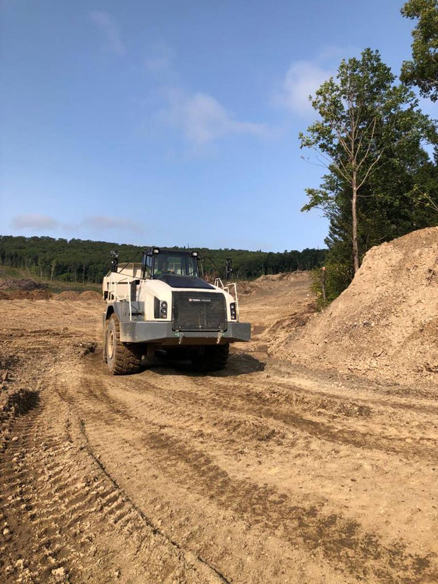 Terex Trucks TA400 articulated haulers unstoppable in tough Russian mine