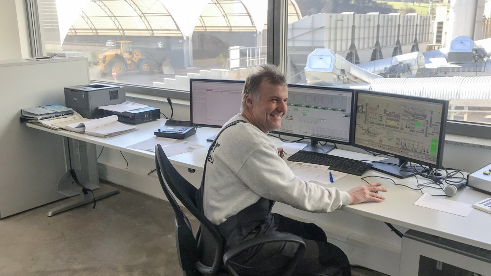 A good mood means good work: By placing the command center in a separate building, Knäble ensures the best possible working conditions throughout the year. .