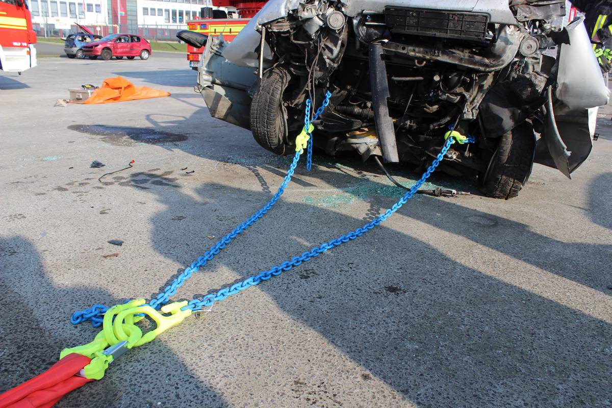 The Crosby Rapid Rescue Chain Kit is an essential Lifesaving Tool