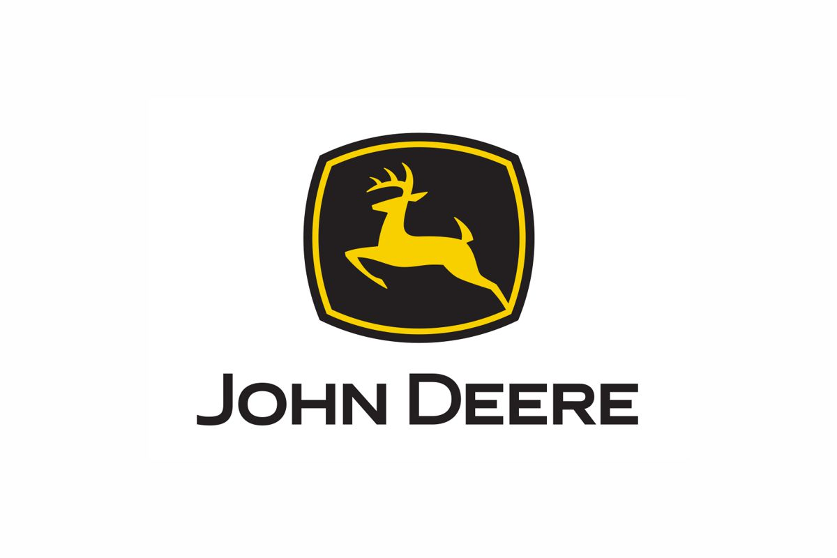 John Deere announces master supply agreement with Mobile Track Solutions