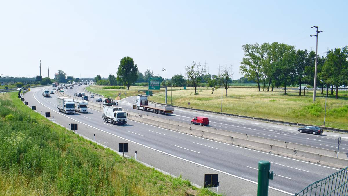 Sacyr wins €3,700 million 320 kilometre highway contract in Italy
