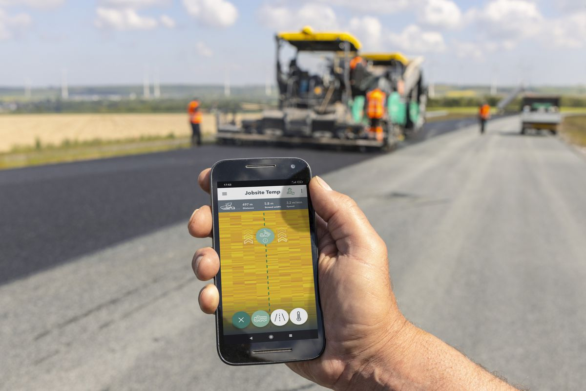 Monitor paving temperatures by smartphone: users of WITOS Paving Docu and WITOS Paving Plus who also use the RoadScan temperature measuring system can now use the Jobsite Temp app to track all the relevant temperature data in real time.