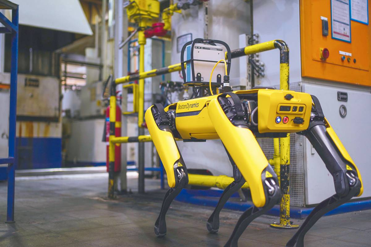 Fluke teams up with Boston Dynamics to expand Industrial Acoustic Imaging
