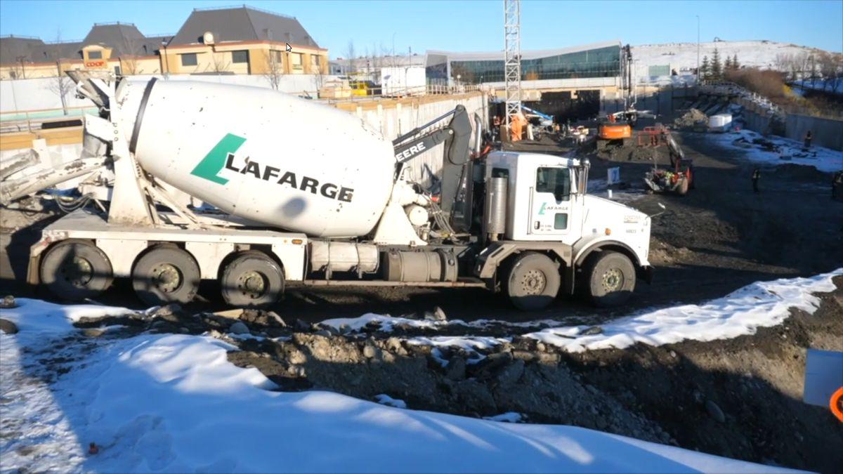 Lafarge Canada keeps Concrete Trucks safe with digital Driver Vehicle Inspection