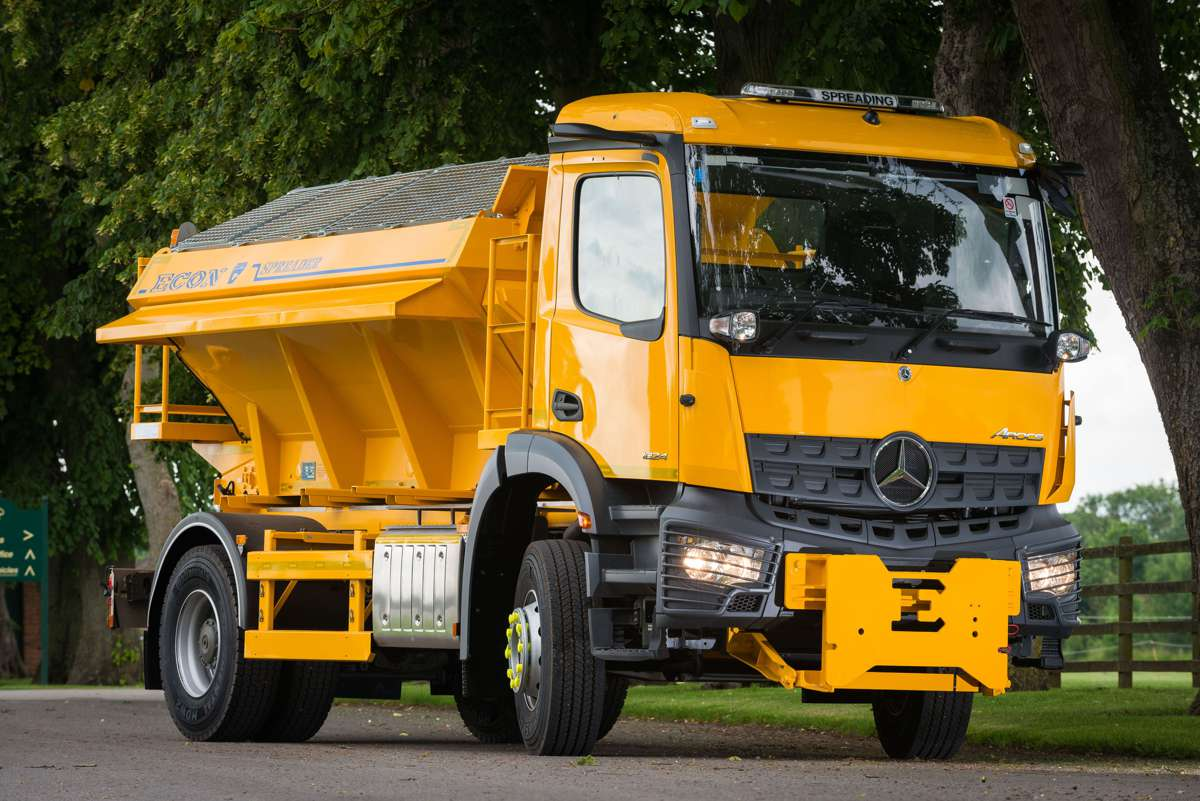MirrorCam tech from Mercedes-Benz makes Econ Engineering Gritters even safer