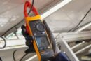 New high-voltage Fluke Clamp Meter with iFlex delivers Safer and faster measurements