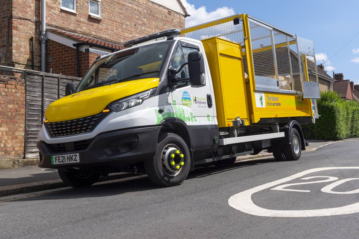 Ringway puts their first zero emission 7.2 tonne commercial truck to work