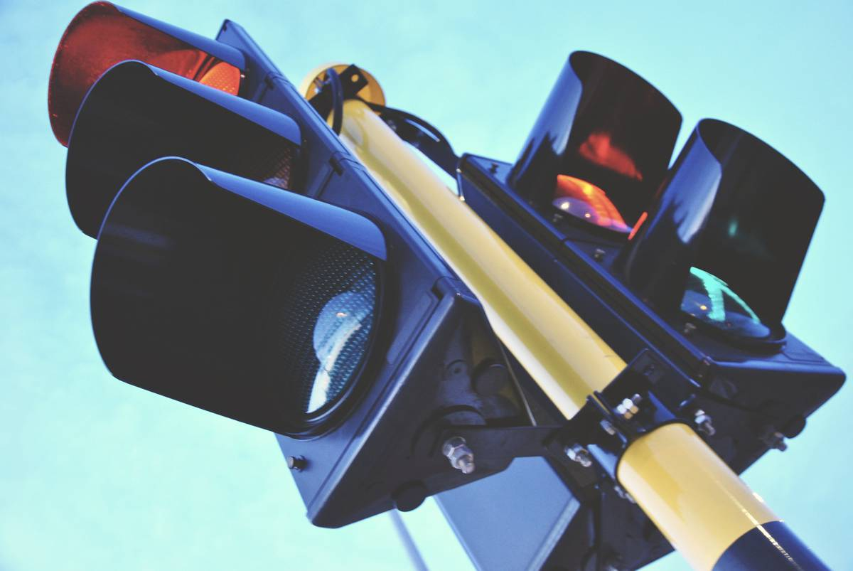 Councils in England awarded £15m for repair and upgrade of traffic signals