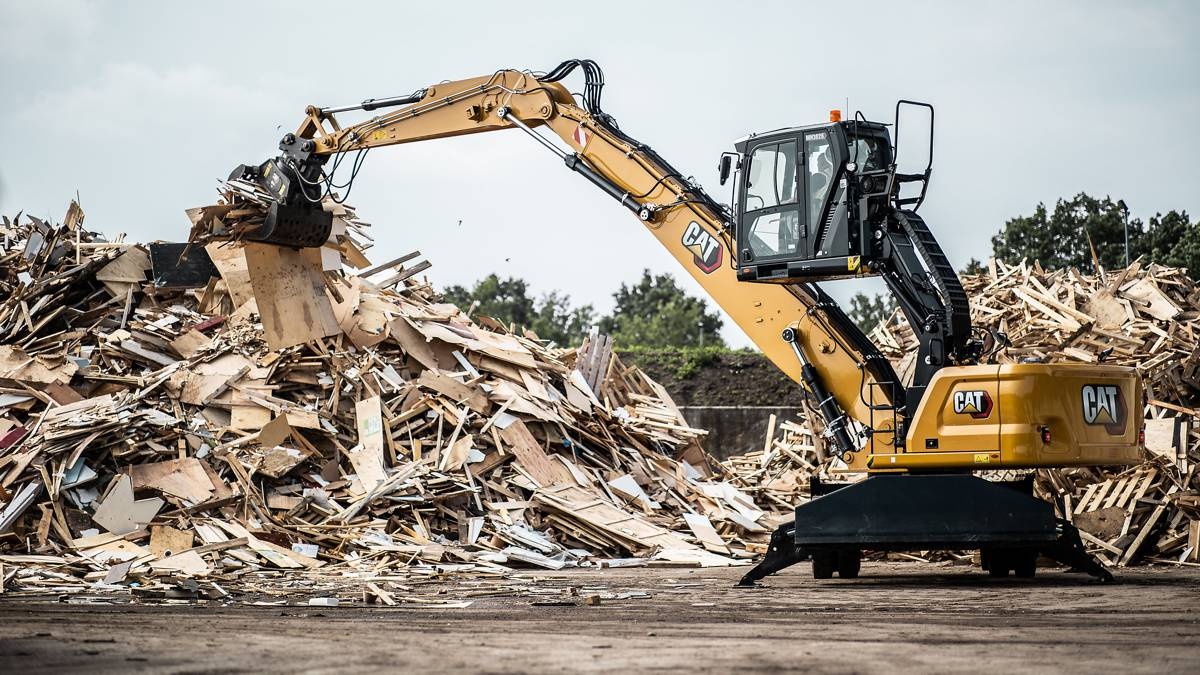 New Cat MH3026 Material Handler optimizes power and efficiency