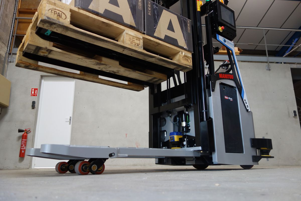 Effidence and Manitou integrate Datalogic security into their robotic solutions