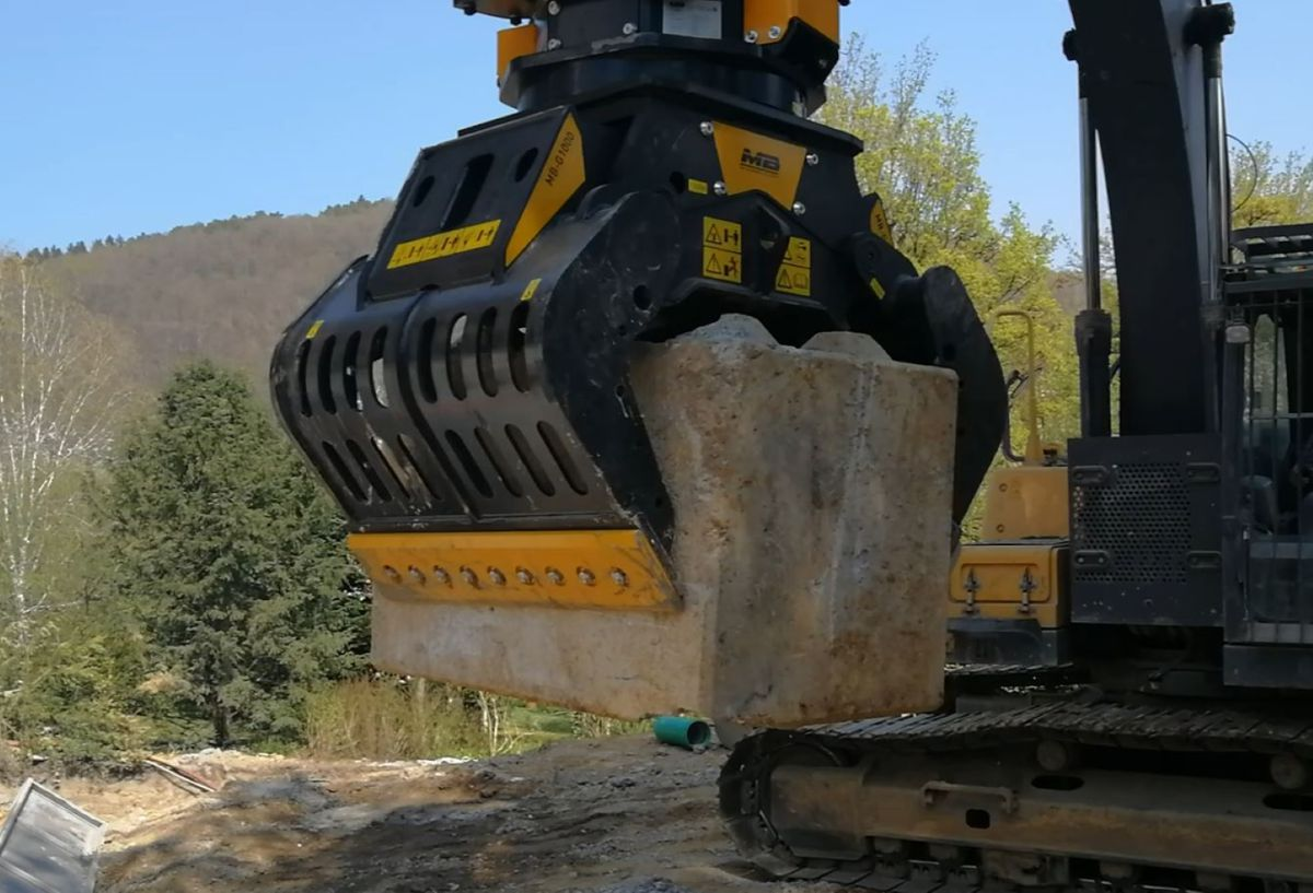 MB Crusher introduces three new models of sorting grapples