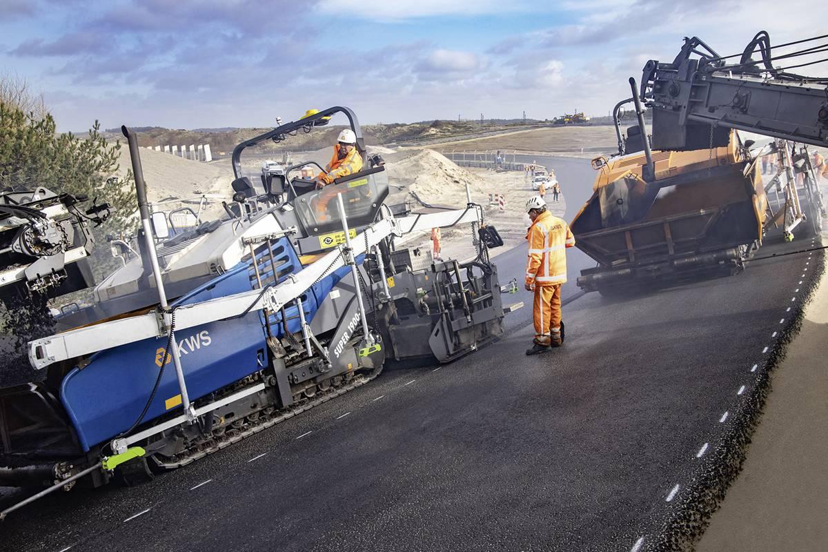 VÖGELE pavers deliver maximum precision for Formula 1 at Circuit Zandvoort