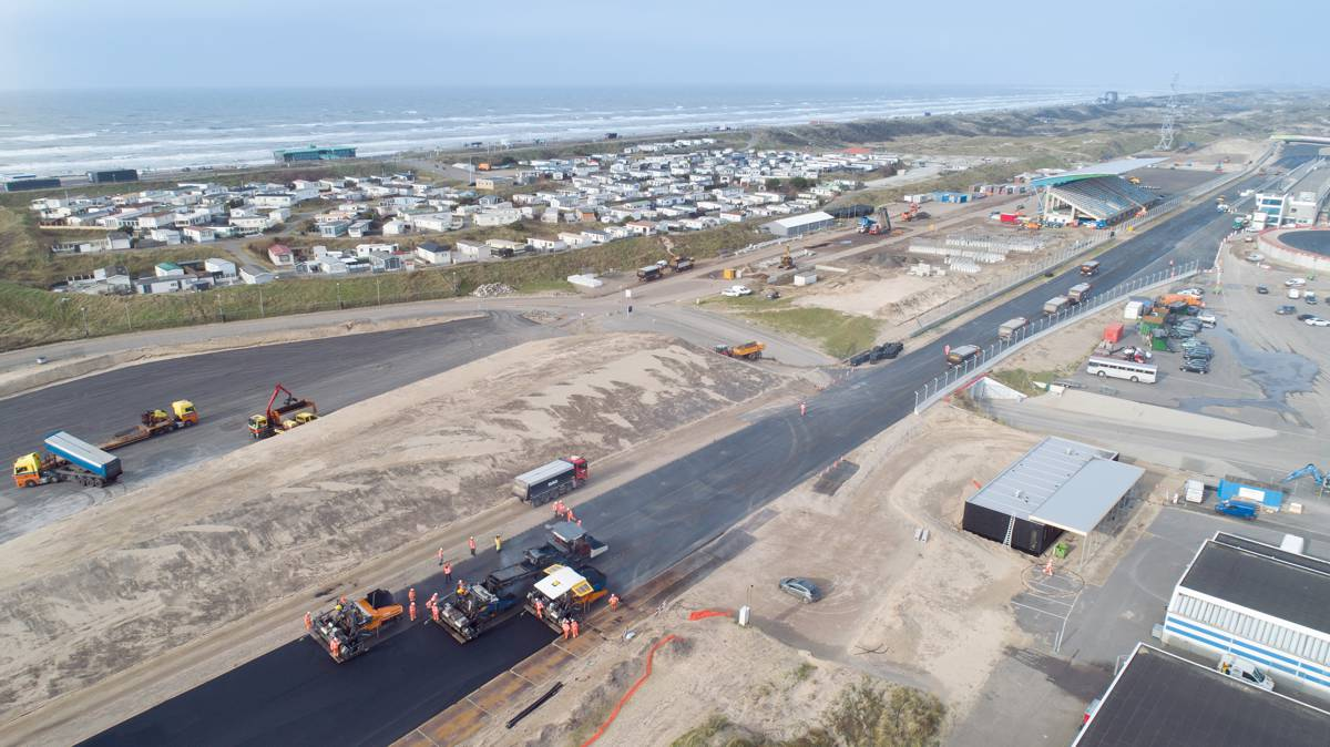 Legendary race track on the North Sea coast: Ahead of the Dutch Grand Prix, Circuit Zandvoort has been modernised and had two steeply banked turns added.